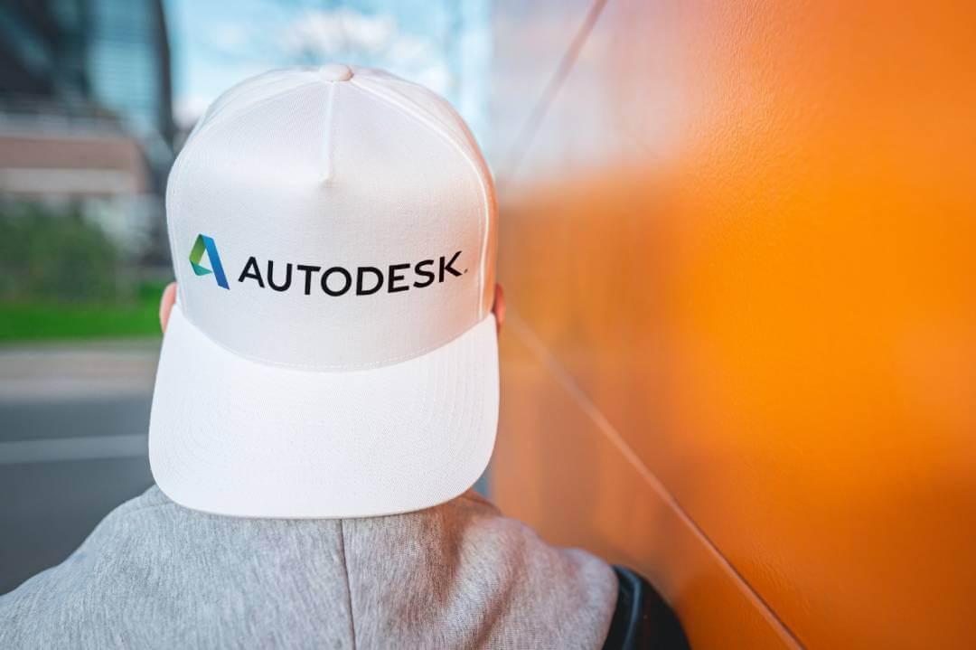 I   contratti   con   le   'vecchie'   licenze AutoCAD verranno trasformati in AutoCAD Including Specialized Toolsets.